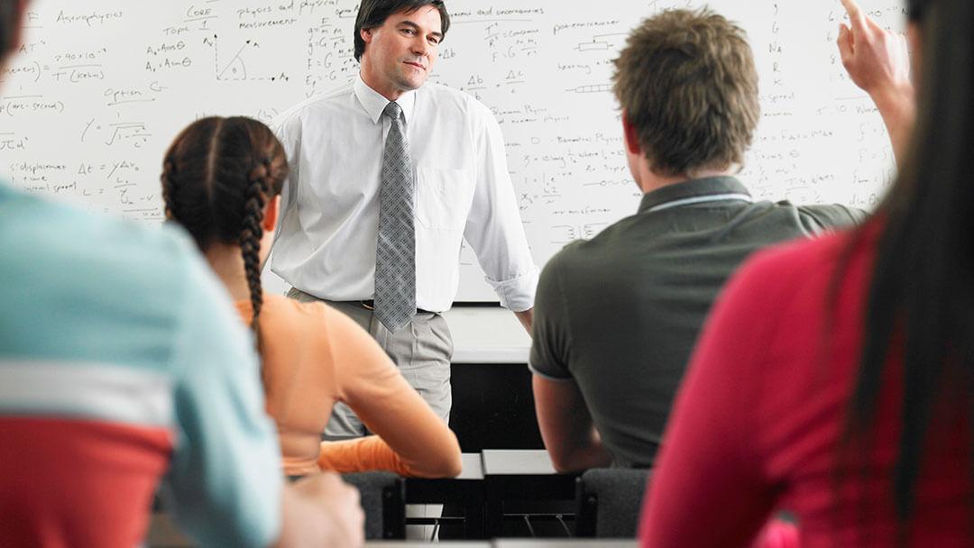 Formación contínua de Facultad de Ingeniería de Universidad ORT Uruguay