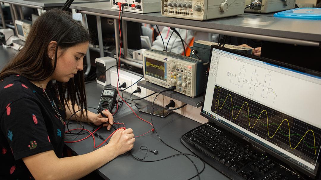 Vinculación y cooperación con la industria de la Facultad de Ingeniería