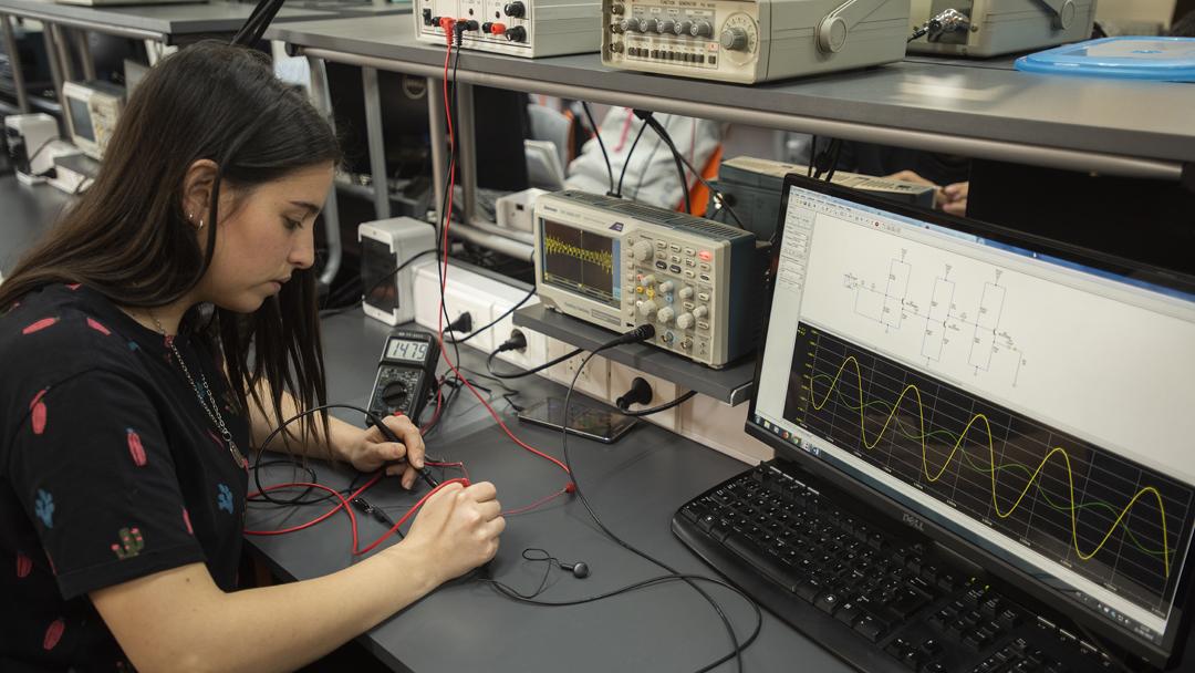 Laboratorio de Electrónica - Facultad de Ingeniería