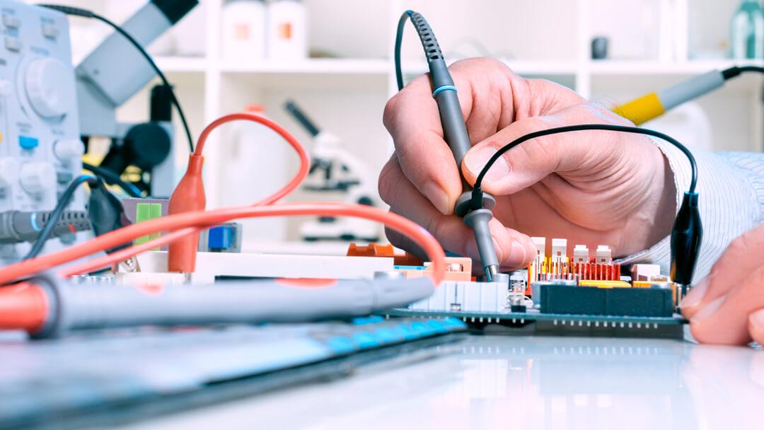 catedra-de-electronica-analogica-y-control-automatico-universidad-ort-uruguay.jpg